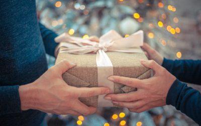 Nicht nur zur Weihnachtszeit  Geschenke klimafreundlich verpackt!